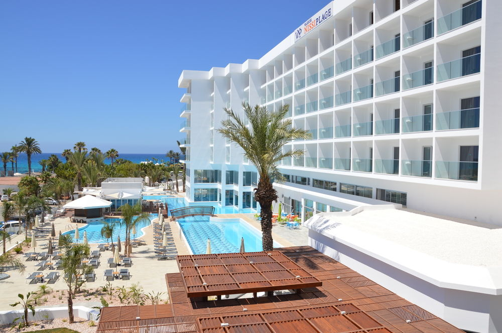 Hotel Vassos Nissi Plage 4* - Cipru 2