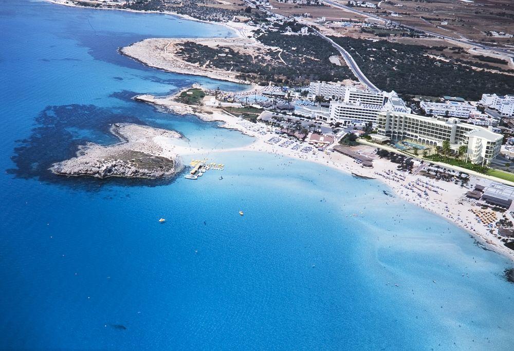 Hotel Vassos Nissi Plage 4* - Cipru 1