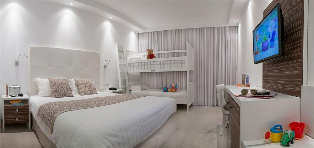 Hotel Asterias Beach 4* - Cipru 12