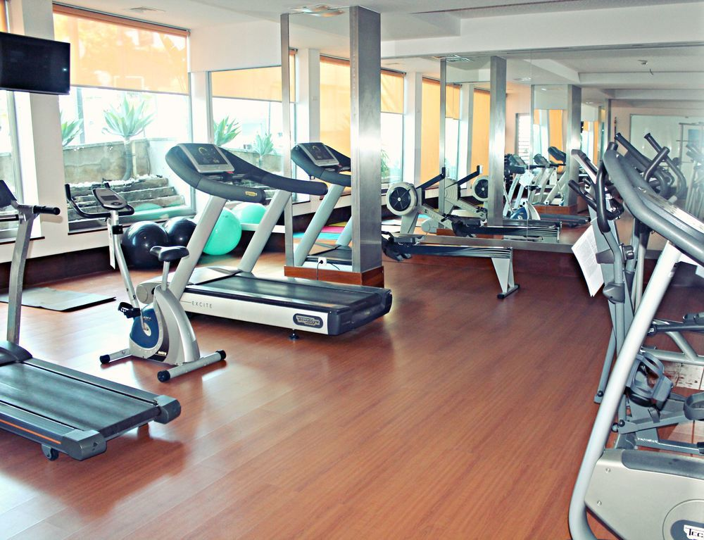 Oferta hotel jupiter 4 algarve for Gimnasio jupiter