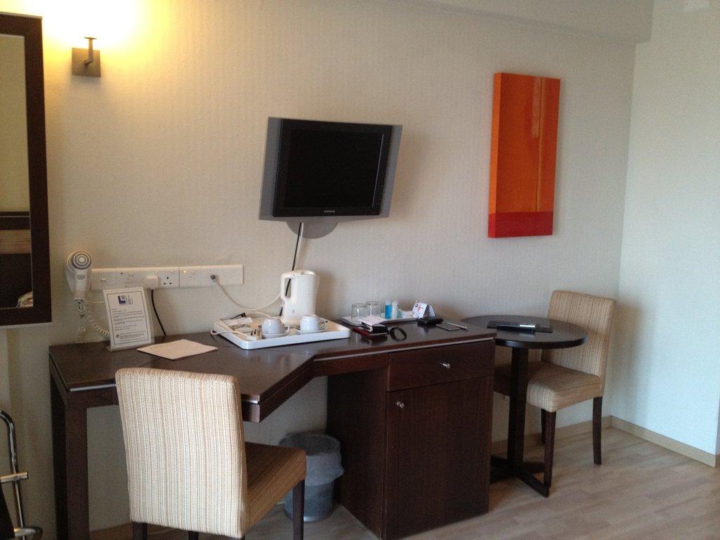 Hotel Livadhiotis City 3* - Cipru 9