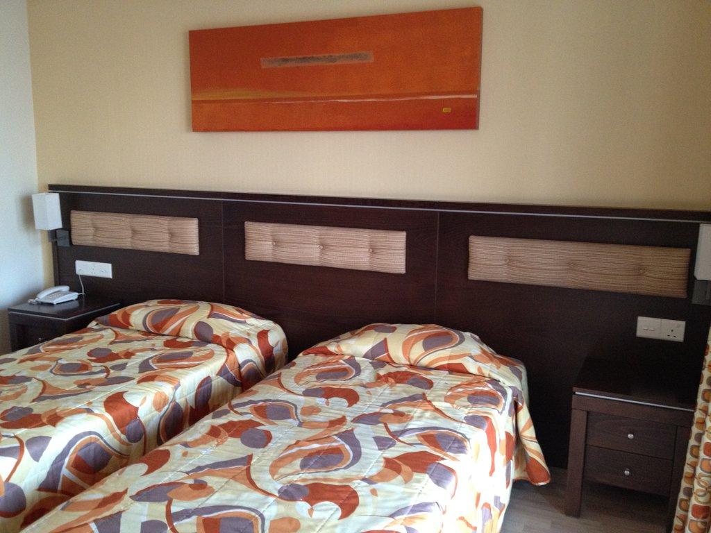 Hotel Livadhiotis City 3* - Cipru 10
