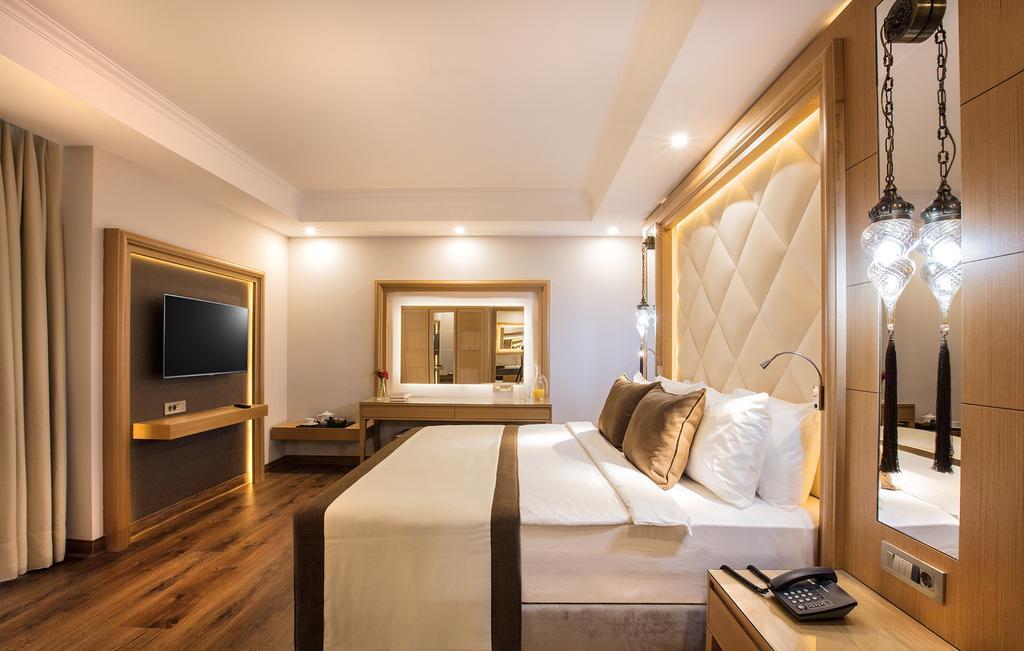 Hotel Korumar Ephesus Beach 5* - Kusadasi 1