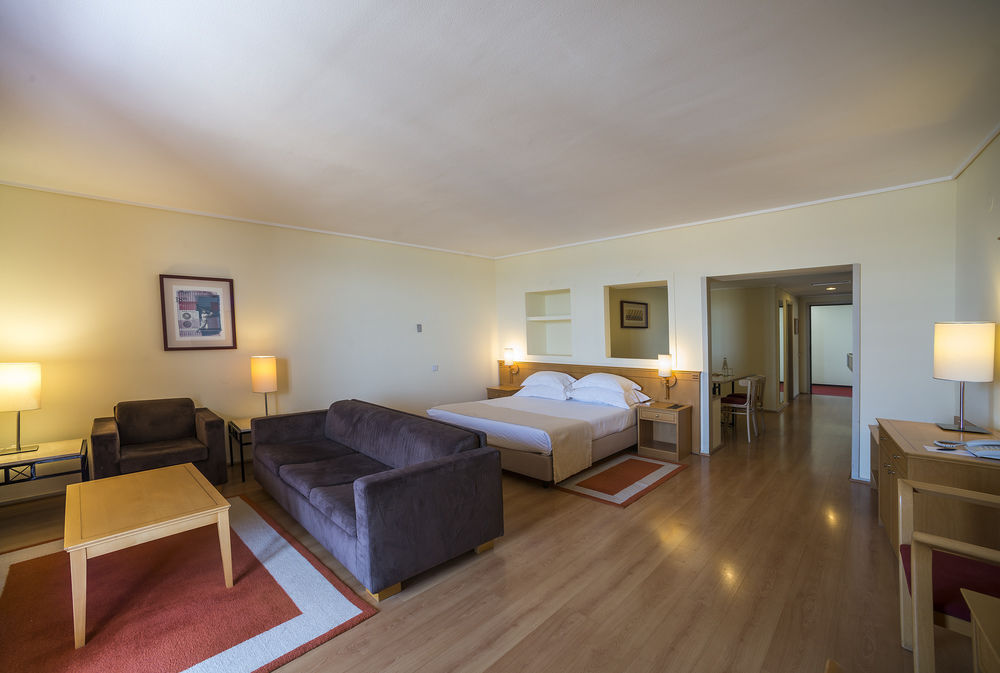 Hotel Vila Gale Ampalius 4* - Algarve 1