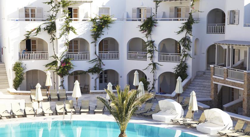 Hotel Aegean Plaza 4* - Santorini 2