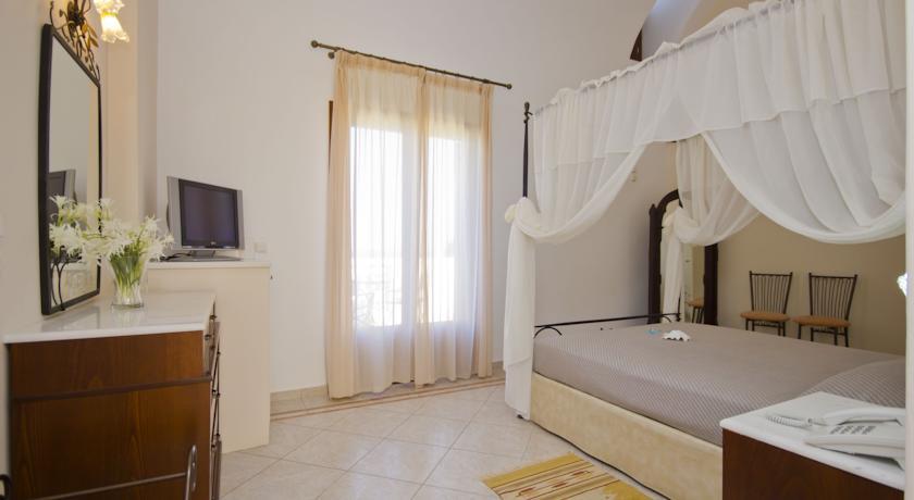 Hotel Epavlis 4* - Santorini 13