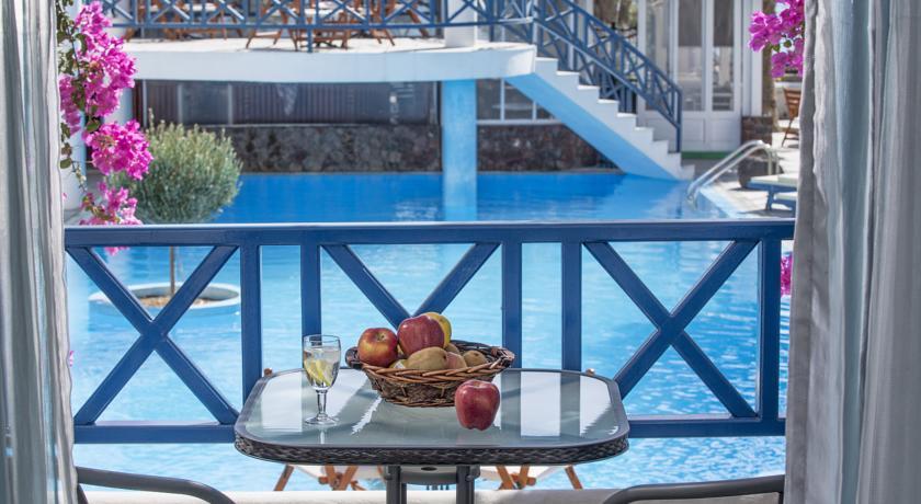Hotel Veggera 4* - Santorini 5