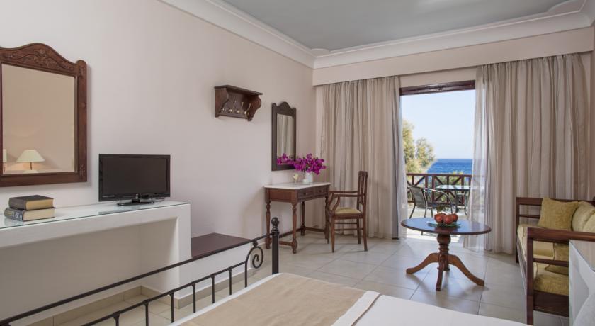 Hotel Veggera 4* - Santorini 7