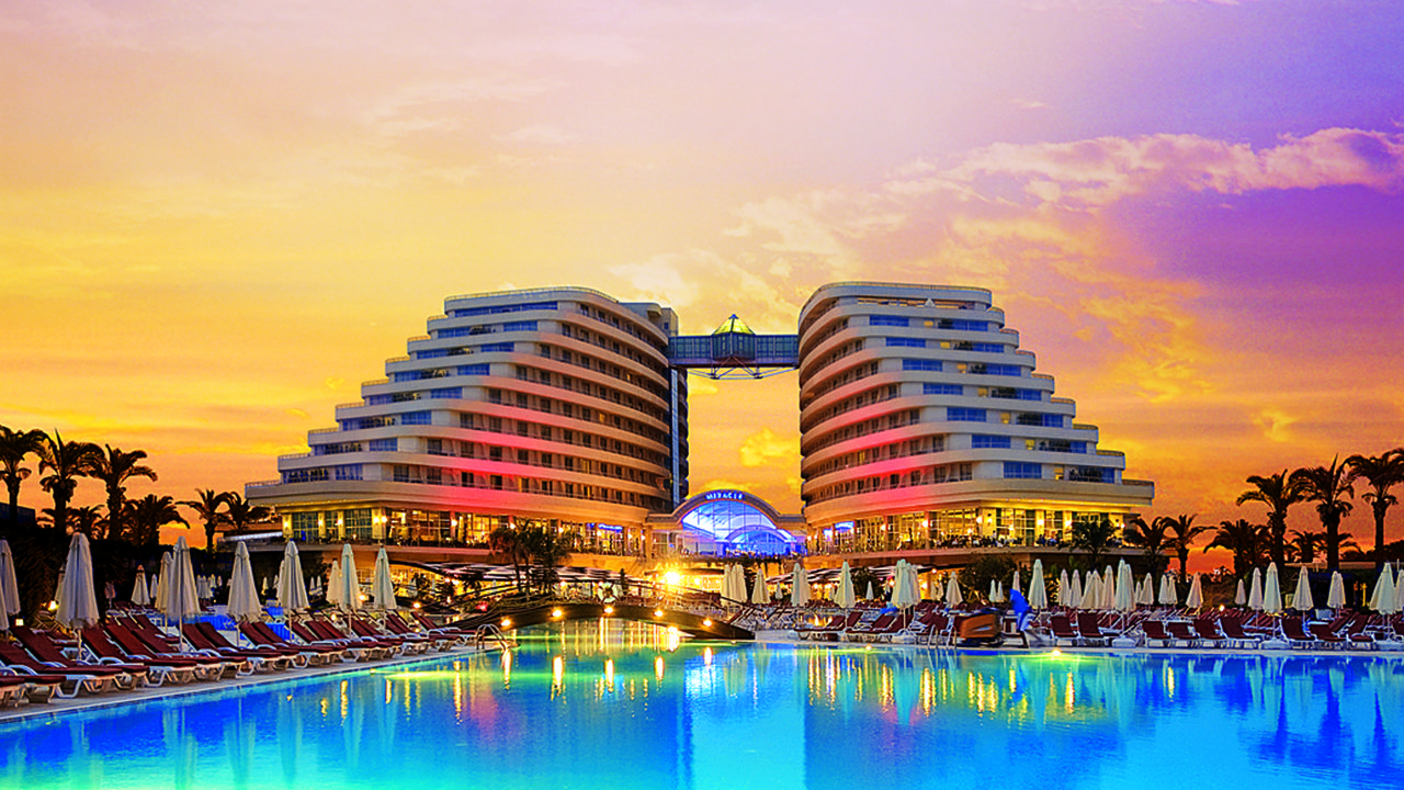 Hotel Miracle Resort 5* - Antalya