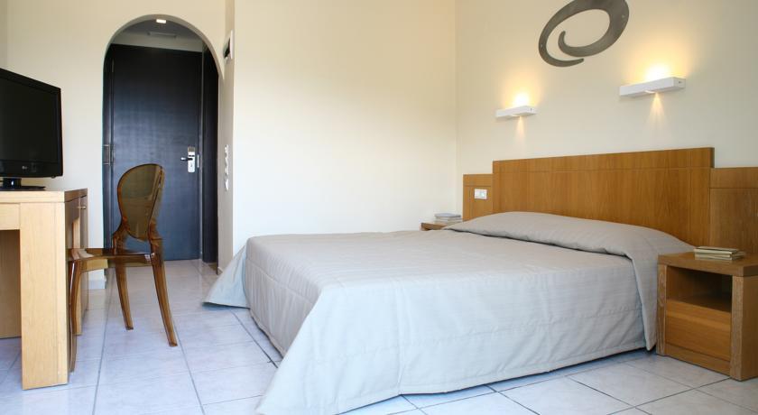 Hotel Golden Beach 4* - Creta 24