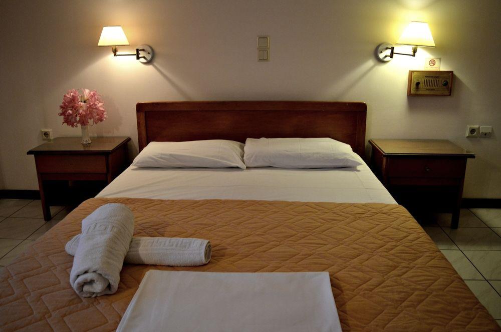 Hotel Paradise 3* - Zakynthos Argassi 1