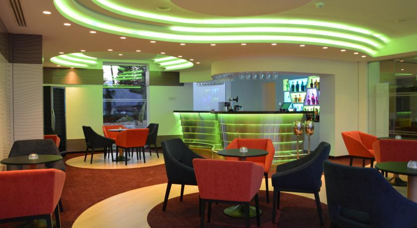 Hotel Vassos Nissi Plage 4* - Cipru 4