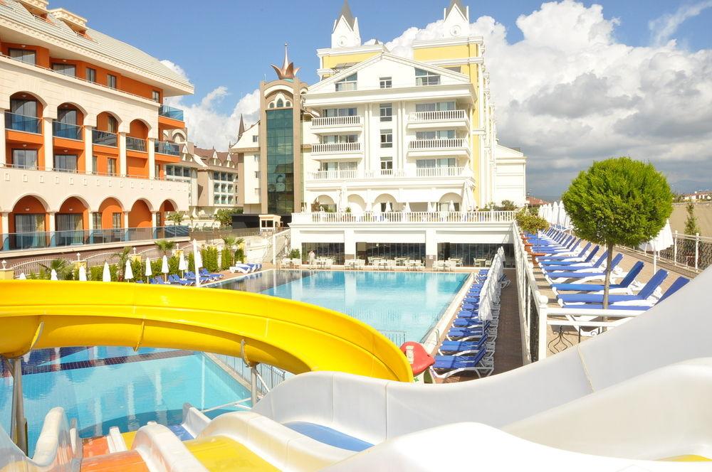 Hotel Dream World Resort & Spa 4* - Side