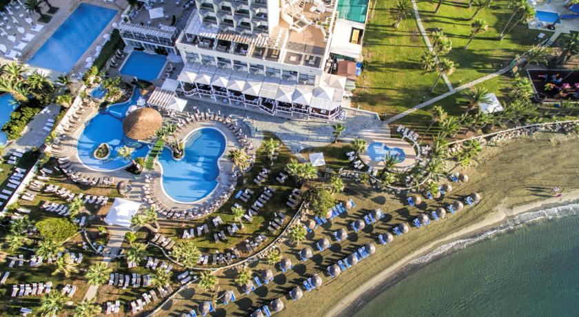 Revelion 2018 Golden Bay Beach Hotel 5* - Cipru 14