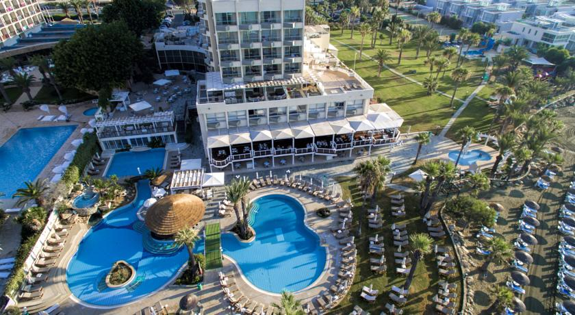 Revelion 2018 Golden Bay Beach Hotel 5* - Cipru 9