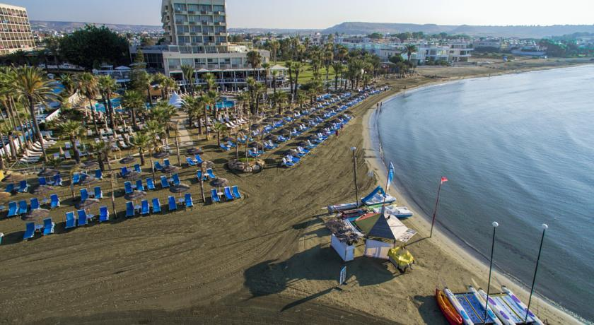Revelion 2018 Golden Bay Beach Hotel 5* - Cipru 5