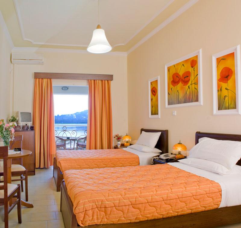 Hotel Molfetta Beach 3* - Corfu  1