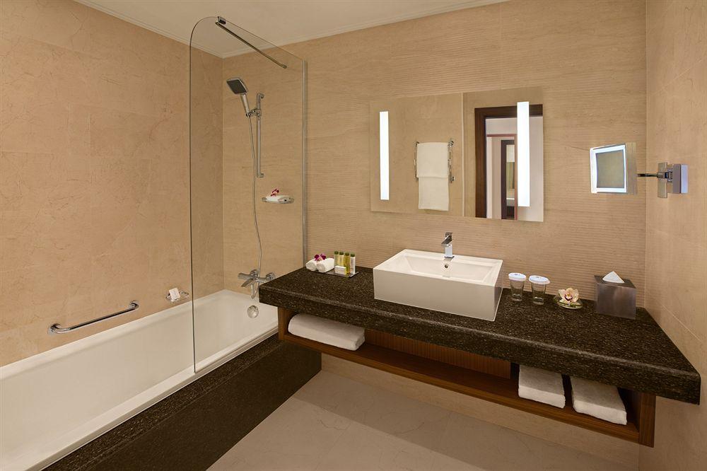 Hotel Double Tree By Hilton Al Marjan Island 5* - Ras Al Khaimah 23