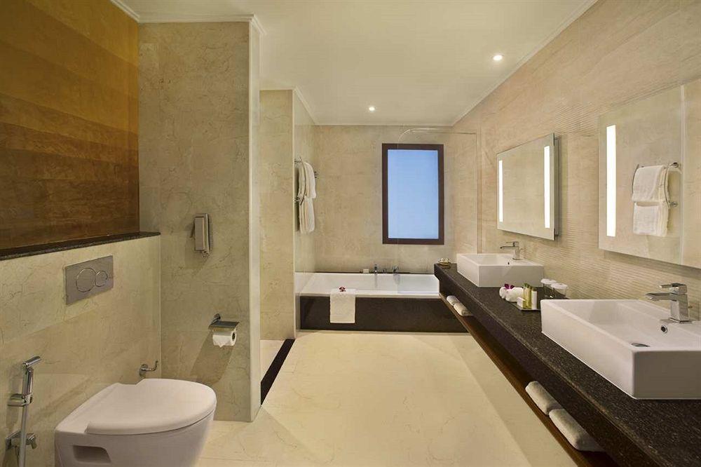 Hotel Double Tree By Hilton Al Marjan Island 5* - Ras Al Khaimah 1