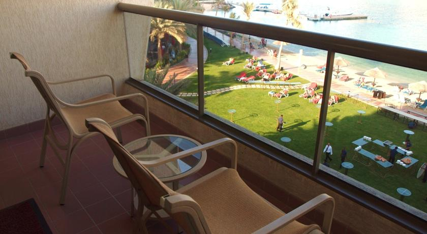 Hotel Beach Rotana 5* - Abu Dhabi 17