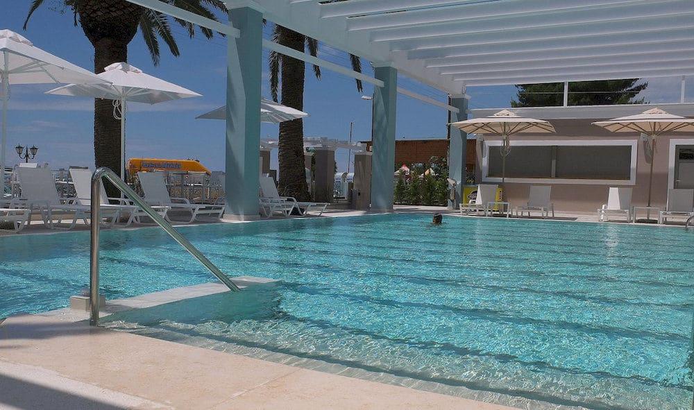 Hotel Cronwell Sermilia Resort 5* - Halkidiki 1