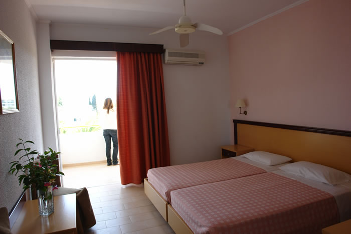 Hotel Livadi Nafsika 3* - Corfu 9