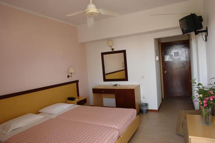 Hotel Livadi Nafsika 3* - Corfu 10