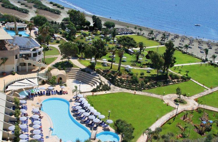 Hotel St. Raphael Resort 5* - Cipru 2
