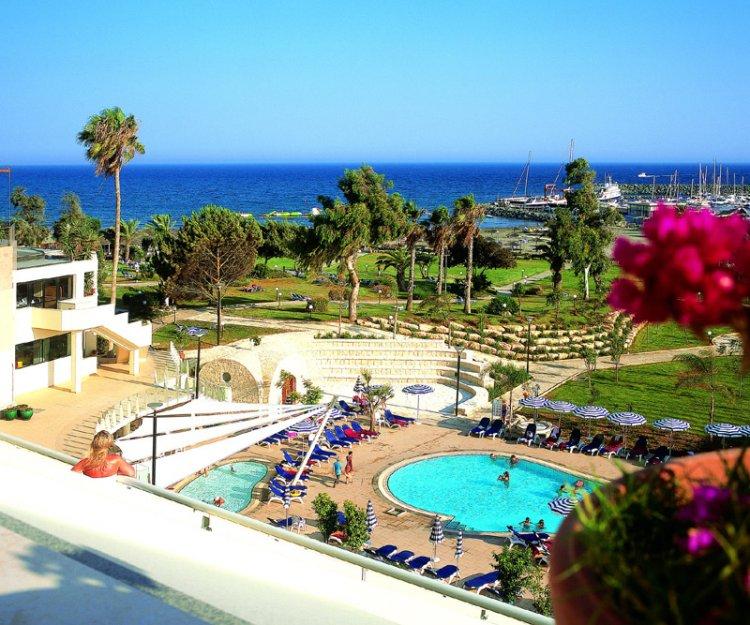 Hotel St. Raphael Resort 5* - Cipru 4