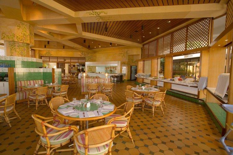 Hotel St. Raphael Resort 5* - Cipru 13