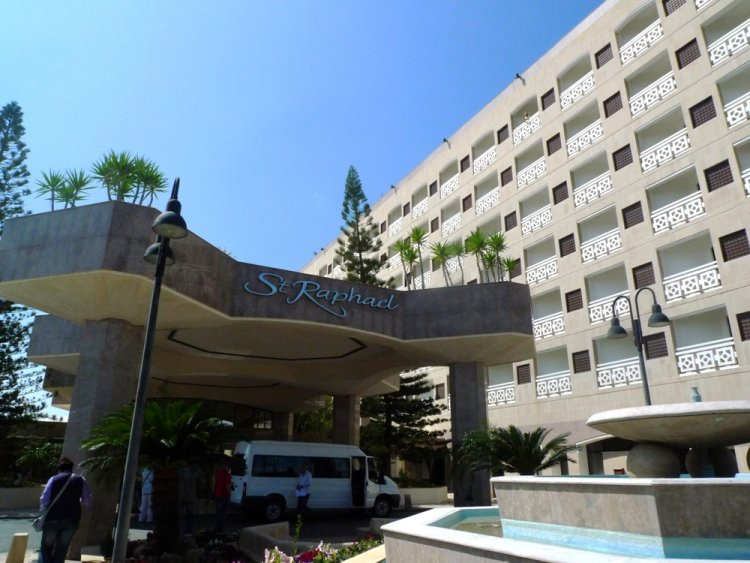 Hotel St. Raphael Resort 5* - Cipru 18