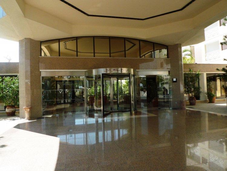 Hotel St. Raphael Resort 5* - Cipru 19