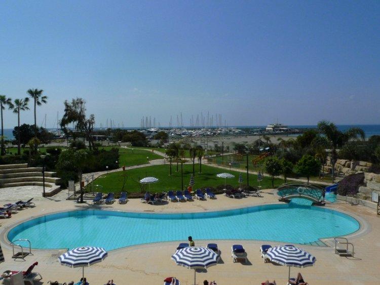 Hotel St. Raphael Resort 5* - Cipru 25