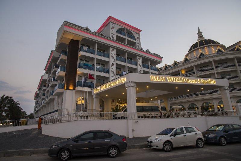 Hotel Palm World Resort & Spa 4* - Side  5