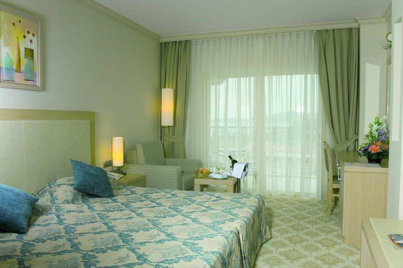 Hotel L'Oceanica Beach 5* - Kemer 1