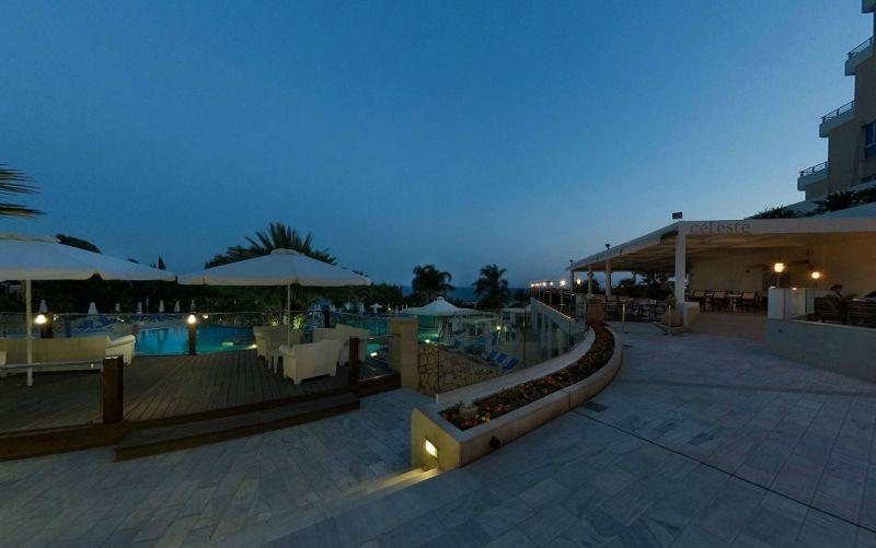 Hotel Mediterranean Beach 4* - Cipru 3