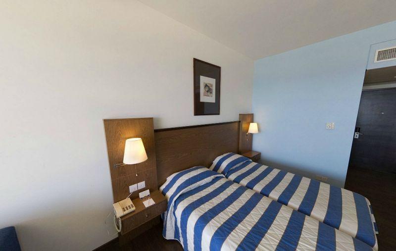 Hotel Mediterranean Beach 4* - Cipru 7