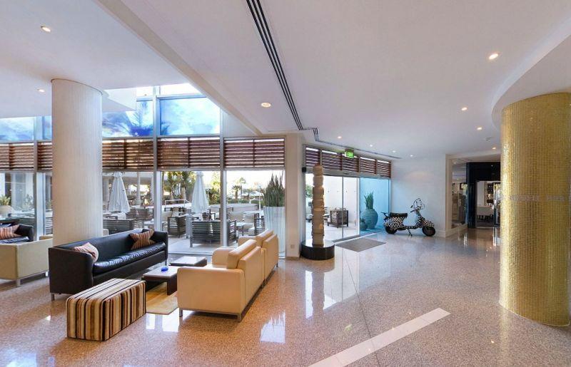 Hotel Mediterranean Beach 4* - Cipru 11
