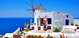 Oia-Santorini-Greece_(2).jpg