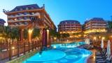 Hotel Royal Dragon 5* - Side