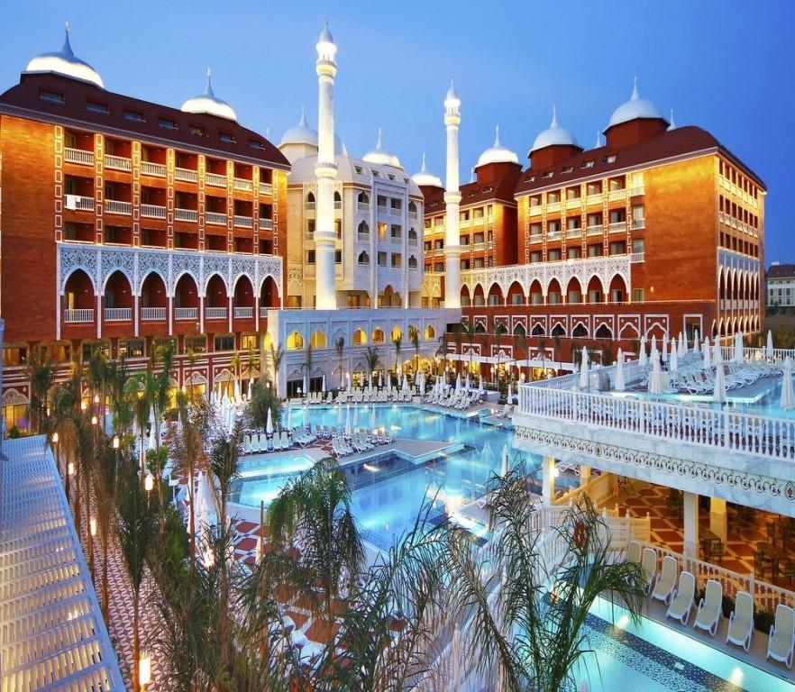 Hotel Royal Taj Mahal 5* - Side  2