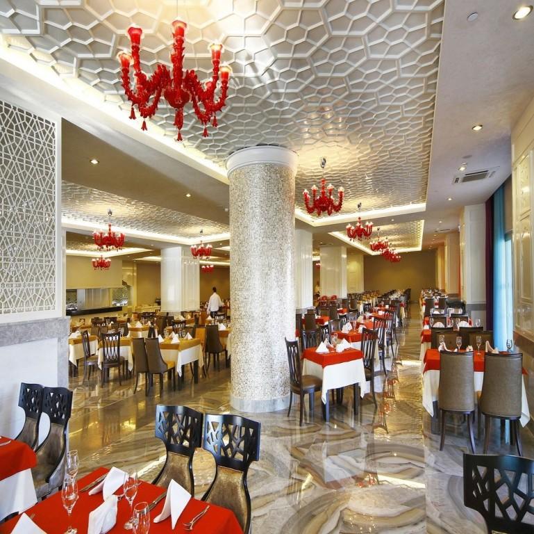Hotel Royal Taj Mahal 5* - Side  8