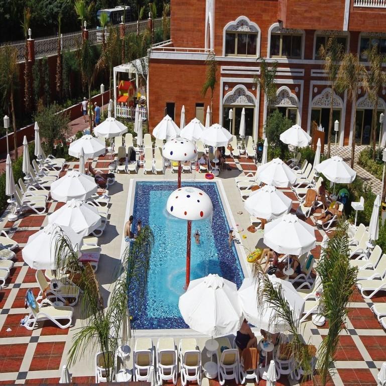 Hotel Royal Taj Mahal 5* - Side  17