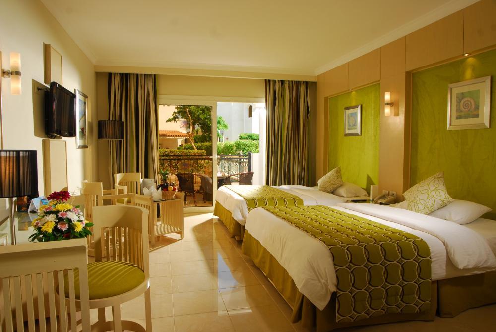 Hotel Tropitel Naama Bay 5* - Sharm El Sheikh 2