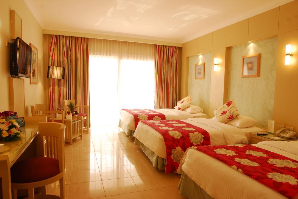 Hotel Tropitel Naama Bay 5* - Sharm El Sheikh 1